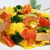 野菜とベーコンのスクランブルエッグ