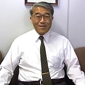 東北大学病院 整形外科科長・井樋栄二先生